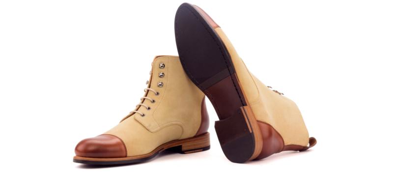 Bota cap toe personalizada para mujer en box calf marron y ante arena Cambrillon