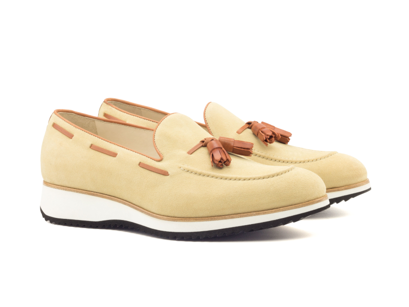 Tassel loafer para hombre ante beige Goodyear welted Cambrillon